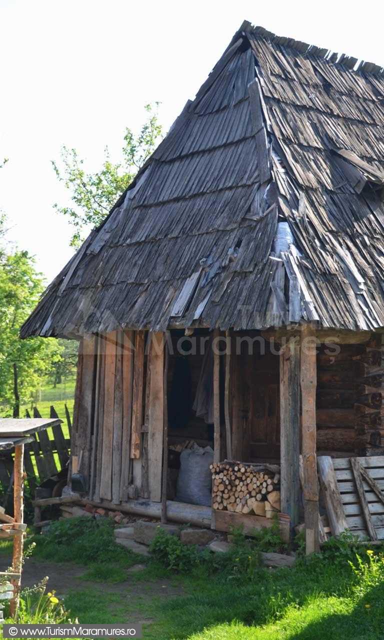 0121_Casa-traditionala-Maramures