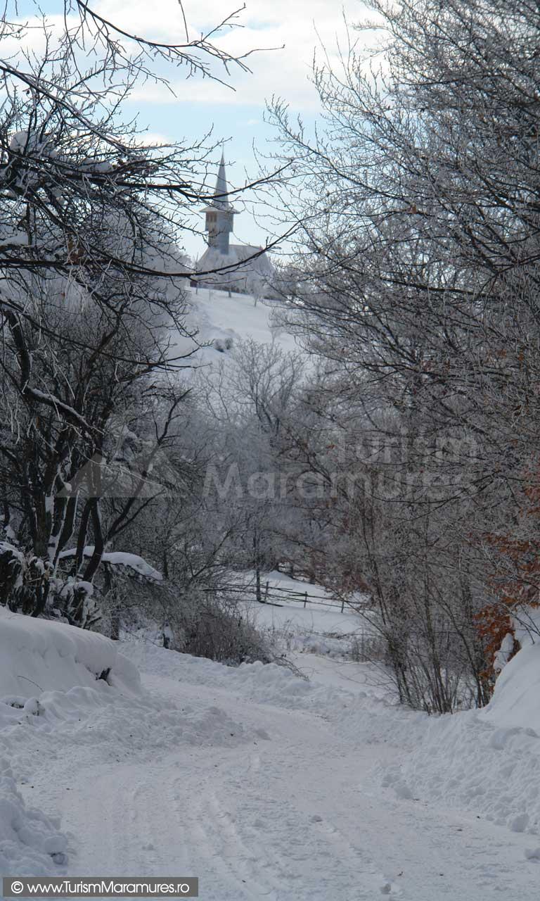Biserica-greco-catolica-Aspra-Maramures_01