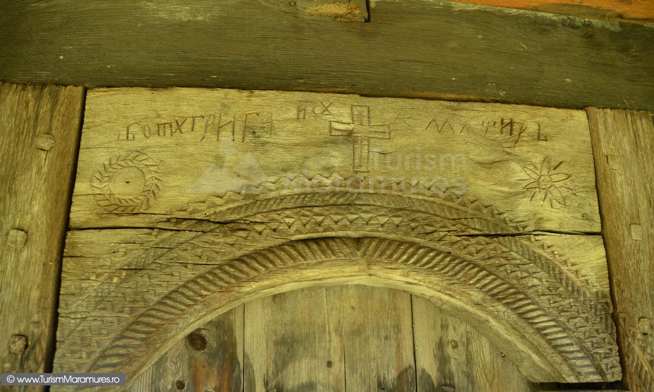 0025_Biserica-de-lemn-Sfintii-Arhangheli-Draghia-Maramures