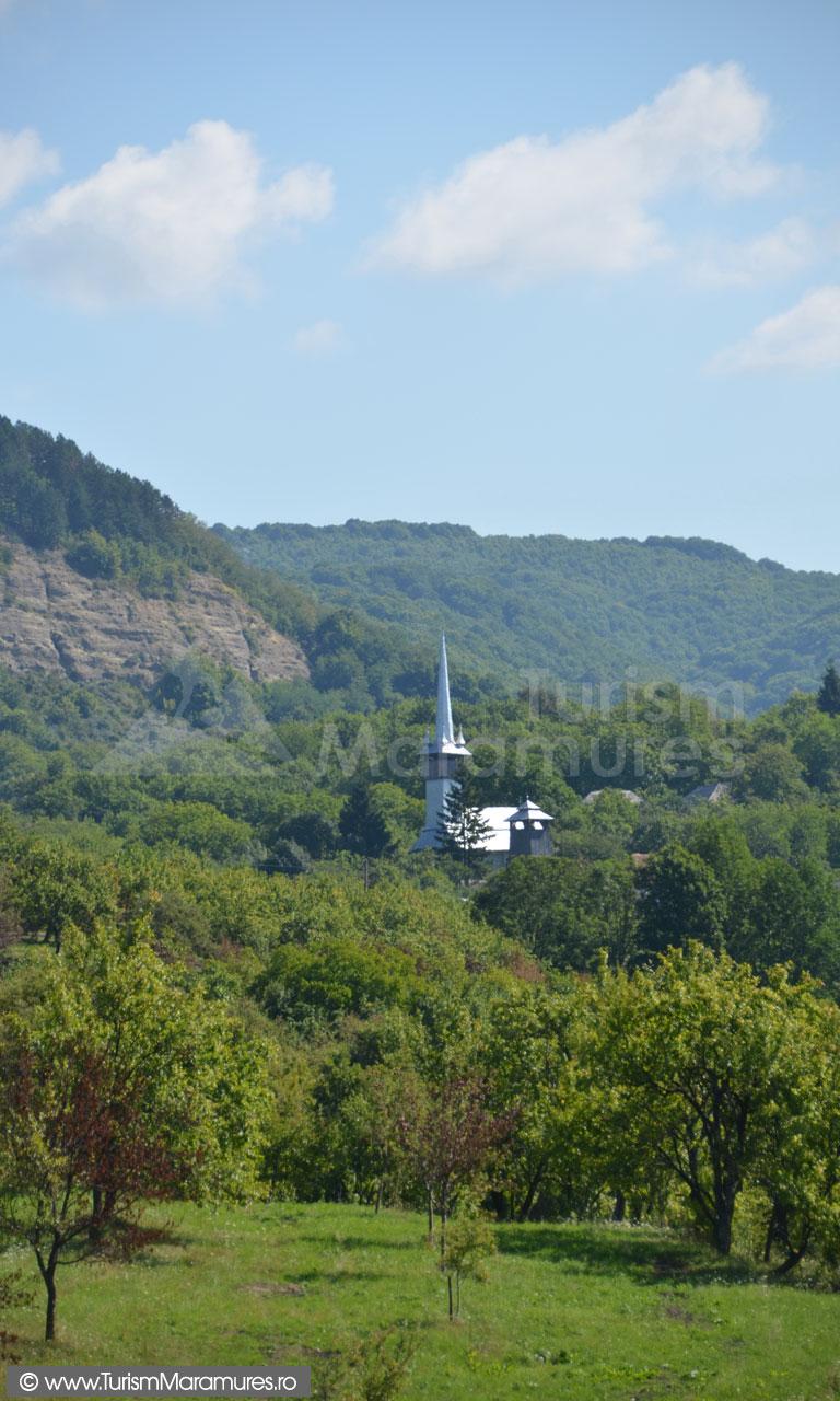 0040_Biserica-Dealul-Mare-Maramures