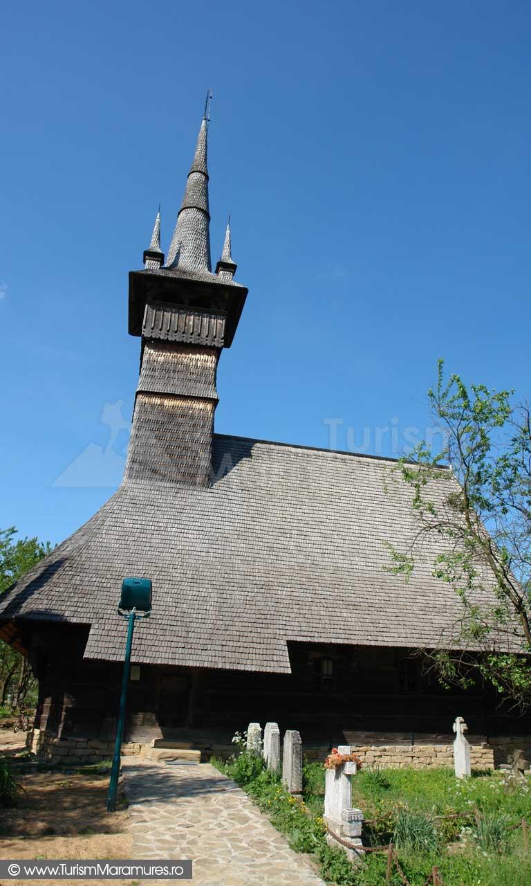 Biserica Unesco Rogoz_00