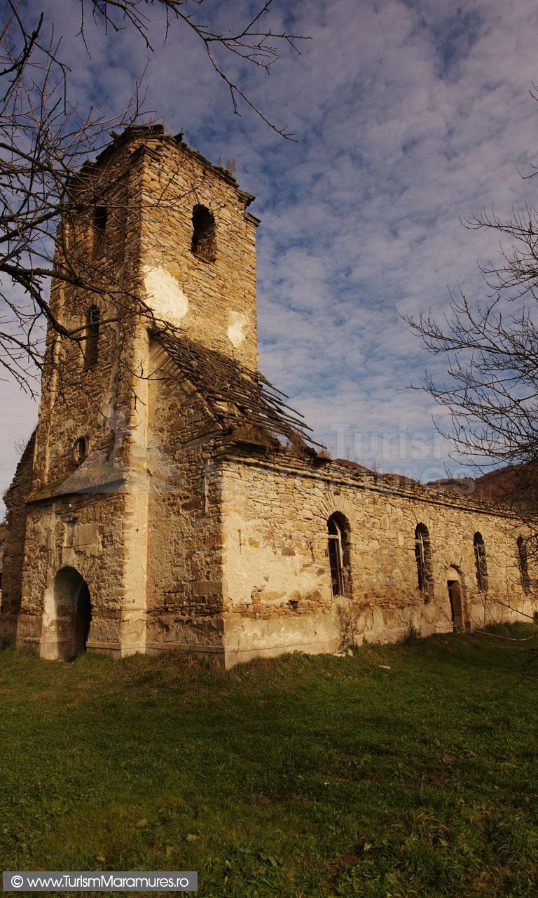 03_Biserica-de-piatra-Sfanta-Paraschiva