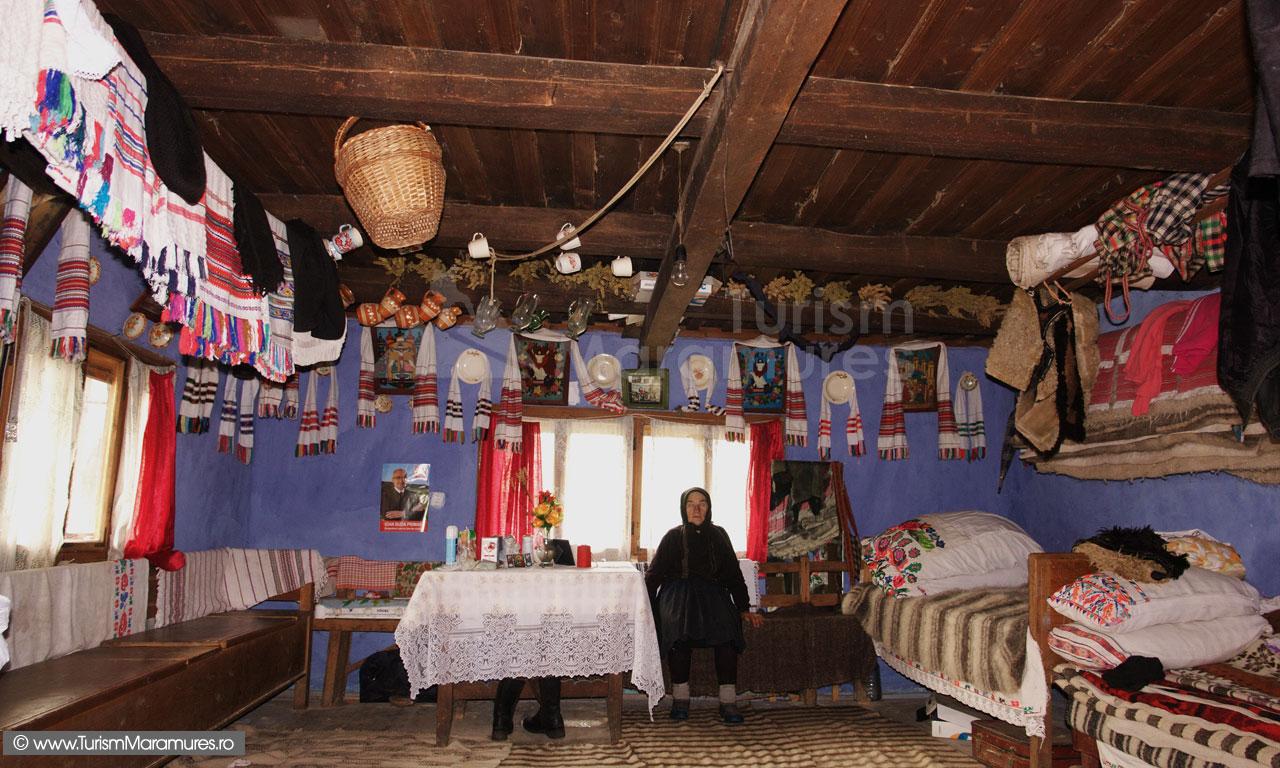 41_Interior-casa-zona-Lapus-Maramures