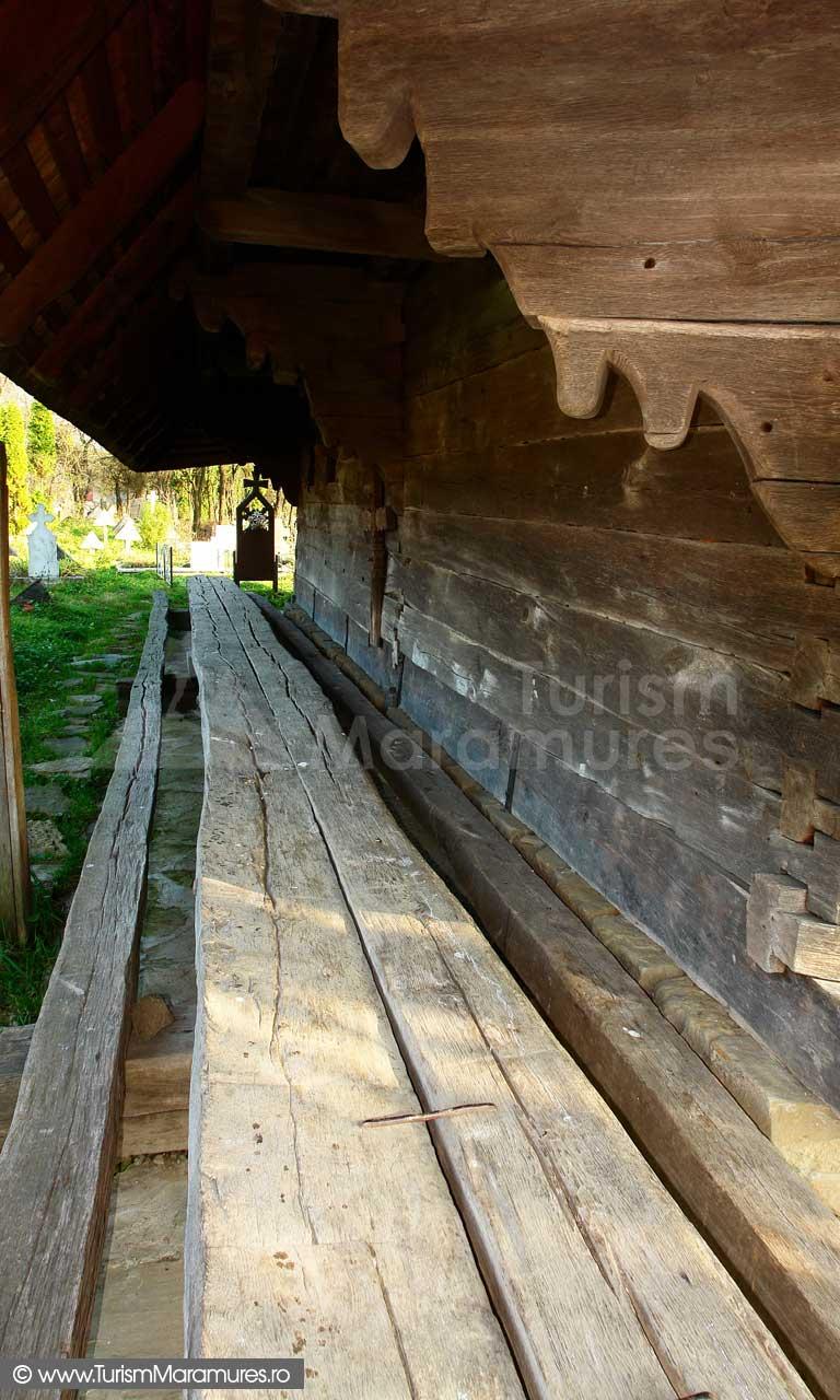 49_Biserica-UNESCO-Rogoz