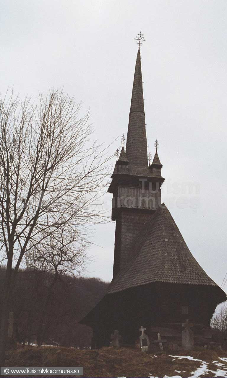 Biserica-Inau-Maramures_01
