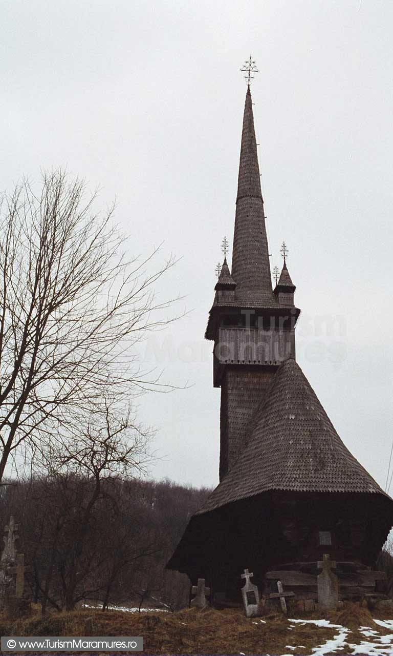 Biserica-Inau-Maramures_02