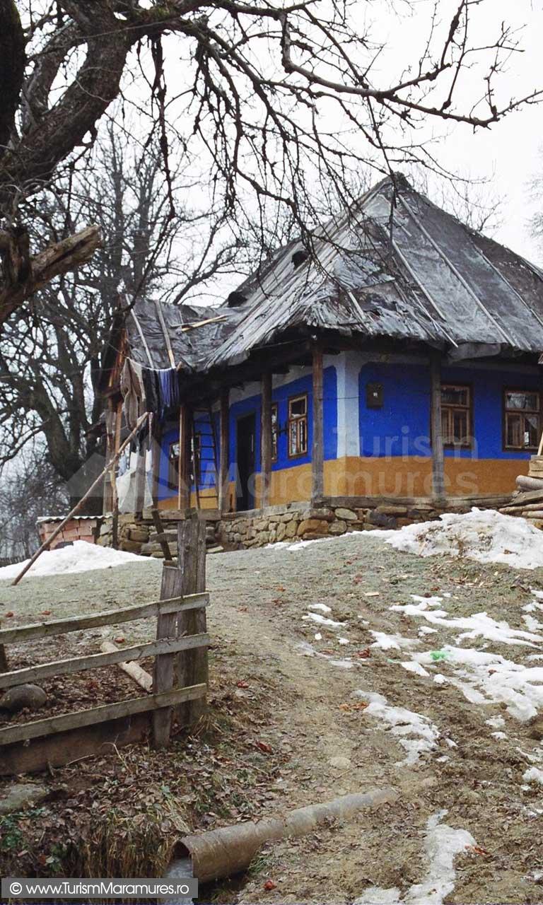 Casa-traditionala-Inau-Maramures