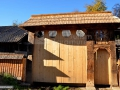 13-Poarta-traditionala-Budesti