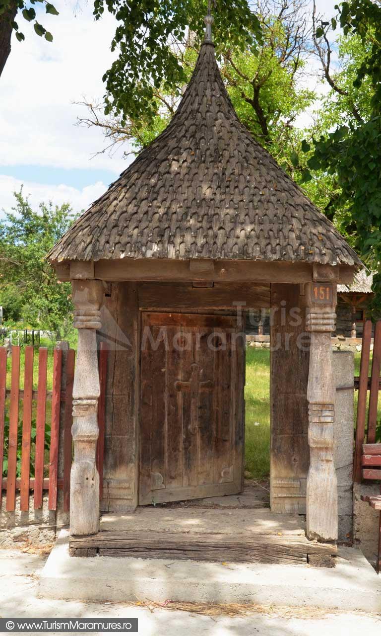 116_Biserica-de-lemn-monument-istoric-Creaca-Salaj