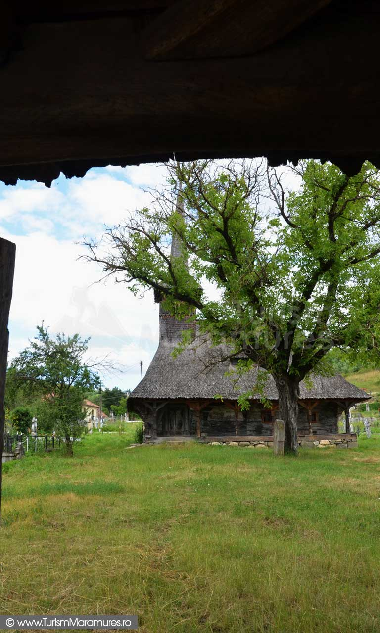 117_Biserica-de-lemn-monument-istoric-Creaca-Salaj