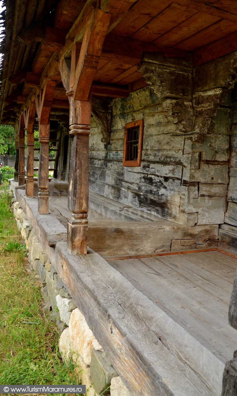 120_Biserica-de-lemn-monument-istoric-Creaca-Salaj