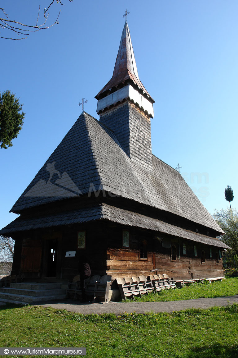 14_Biserica-din-Hoteni-Maramures