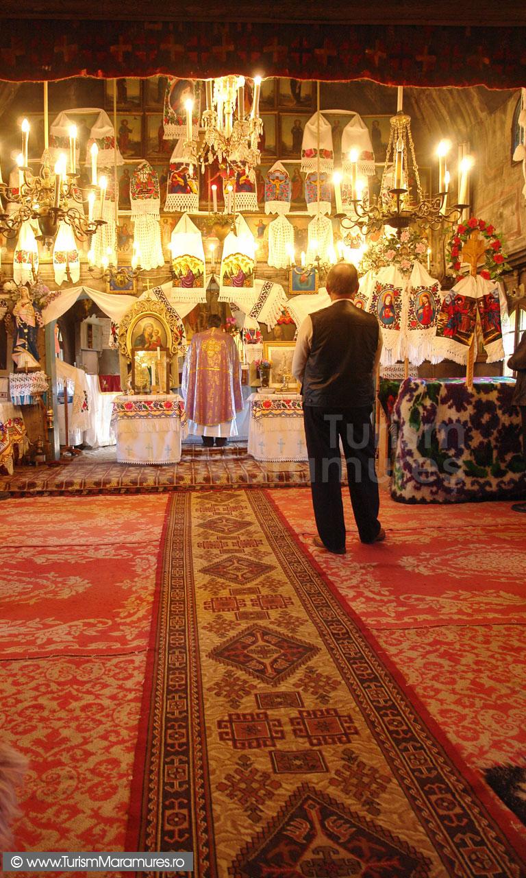 17_-Biserica-din-Hoteni-Maramures