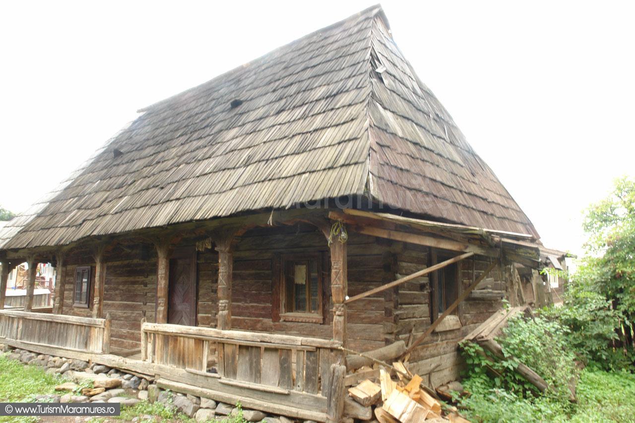 13_Casa-maramures-de-lemn-Budesti