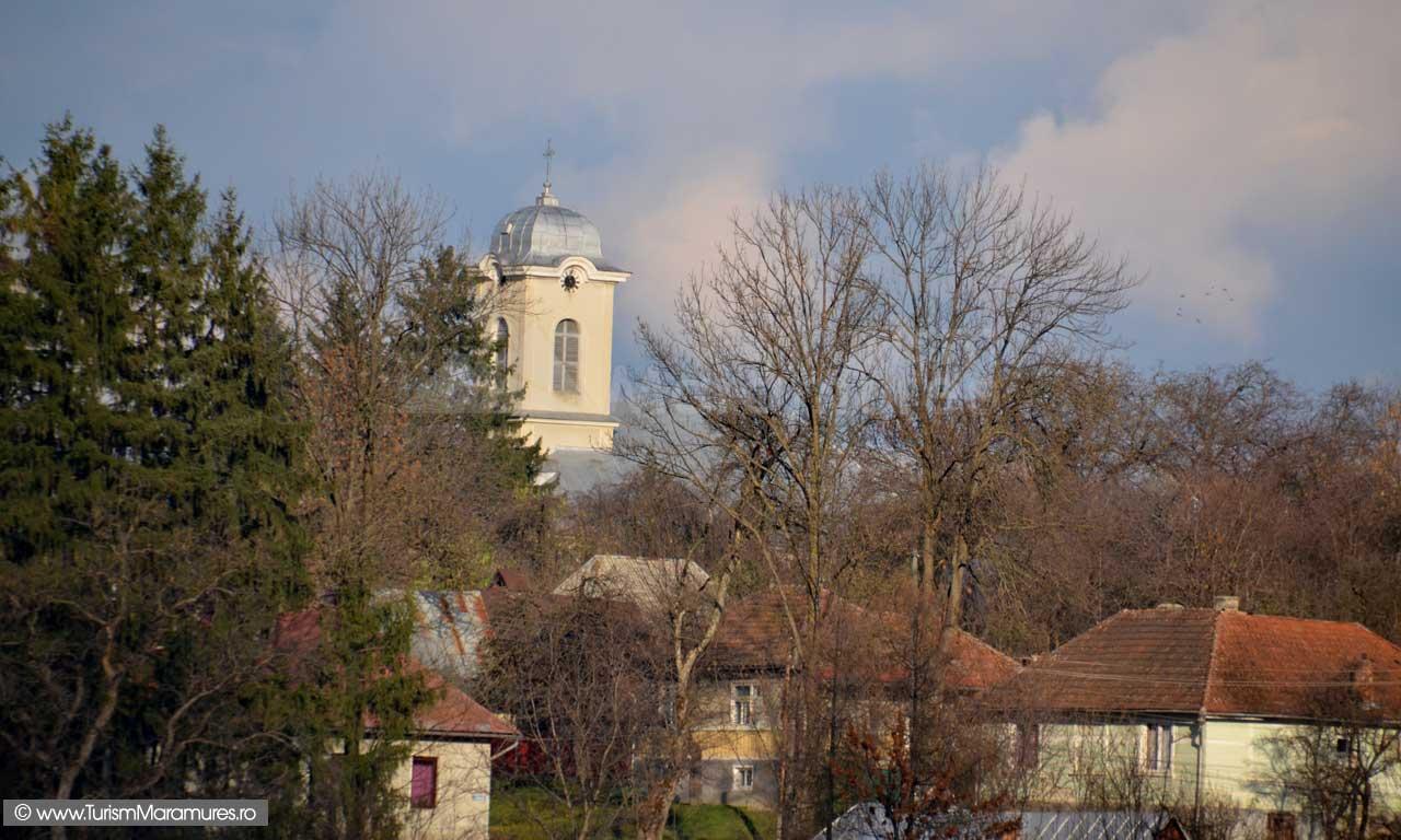 0187_Ocna-Sugatag_Biserica-romano-catolica