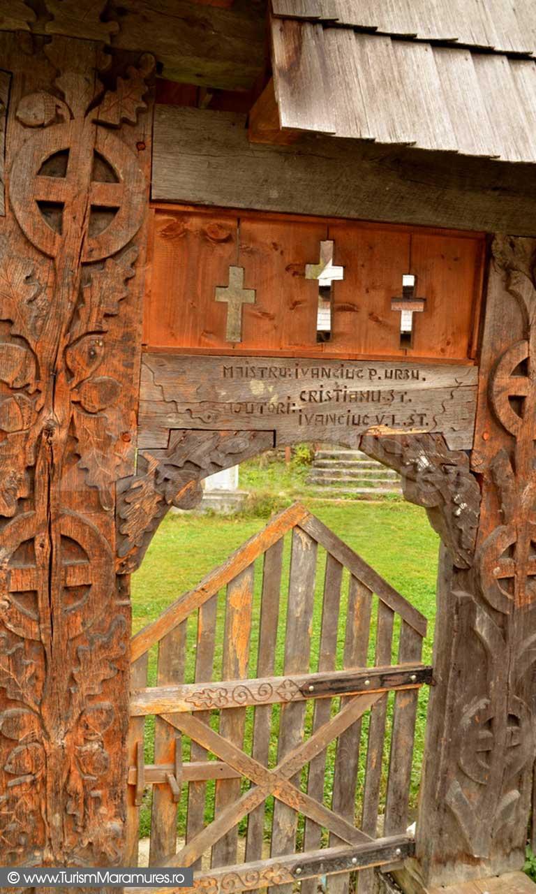 18_Poarta-Bisericii-Sfantul-Nicolae-Cornesti-Maramures