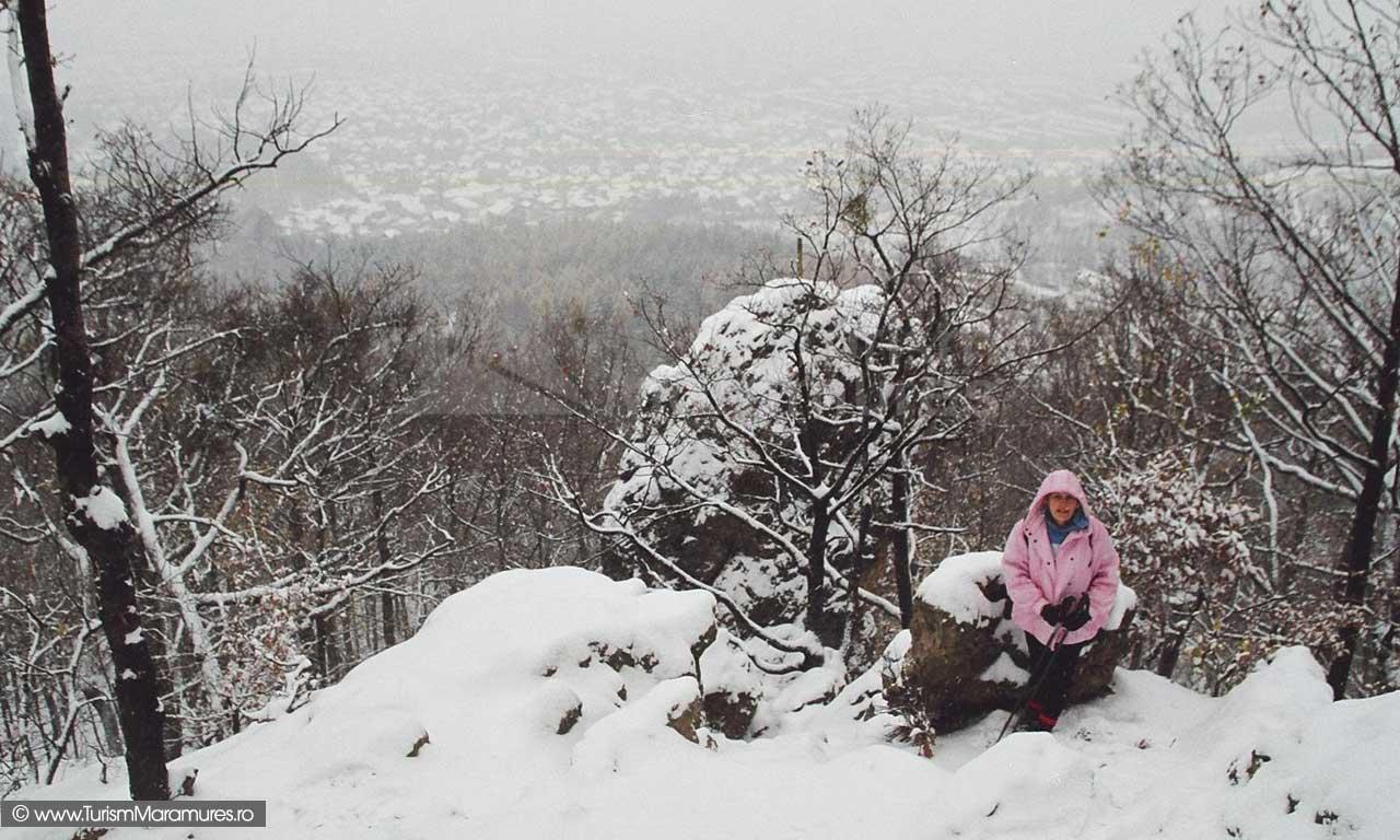Piatra Virgină, Baia Mare, traseu turistic - Turism Maramureș