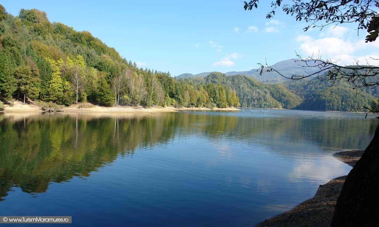 Lacul Firiza si varful Ignis