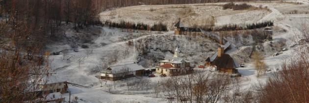 Țara Lăpușului: Din Boiereni pe vârful Aluniș și la Mănăstirea Rohiița