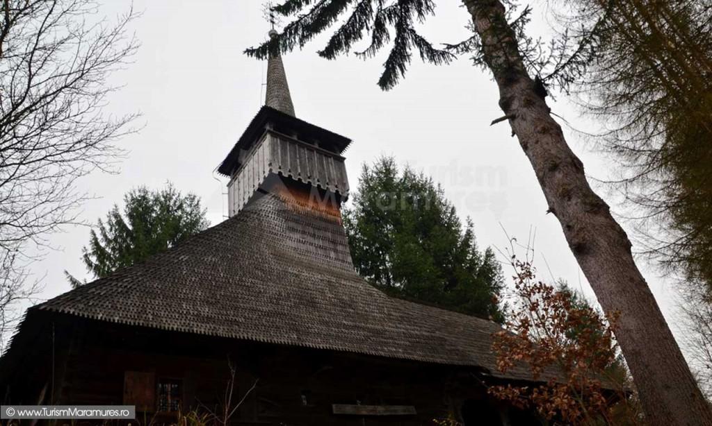 Biserica Calinesti Caeni Nasterea Maicii Domnului