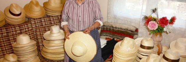 MEȘTERI POPULARI DIN MARAMUREȘ – În Buciumi, la pălăriera Zina Alb