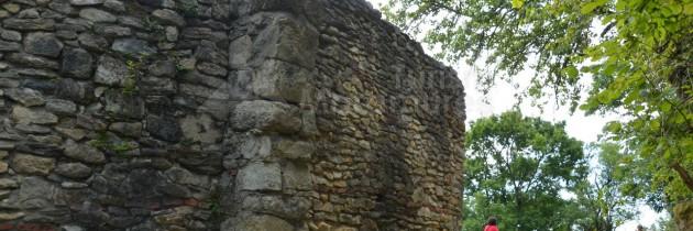 Defileul Lăpușului (Buteasa Pod): La Cetatea Chioarului pe la gura văii Grajdului
