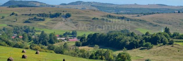 Defileul Lăpușului: Din Peteritea pe Dealul Hotarului și valea Jugastrului, La Cântătoare