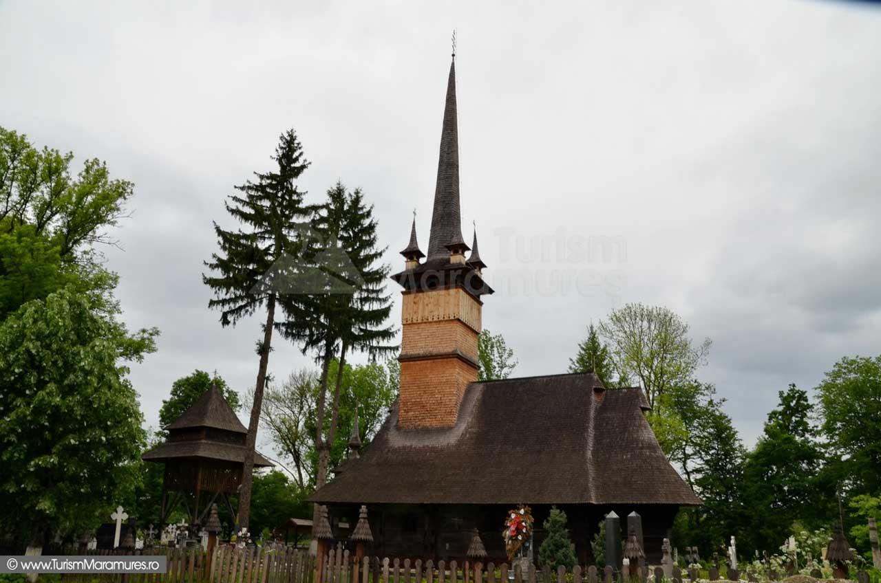 Pe ploaie de Florar, în Buteasa și la bisericile de lemn din Săcălășeni, Remetea Chioarului și Coruia
