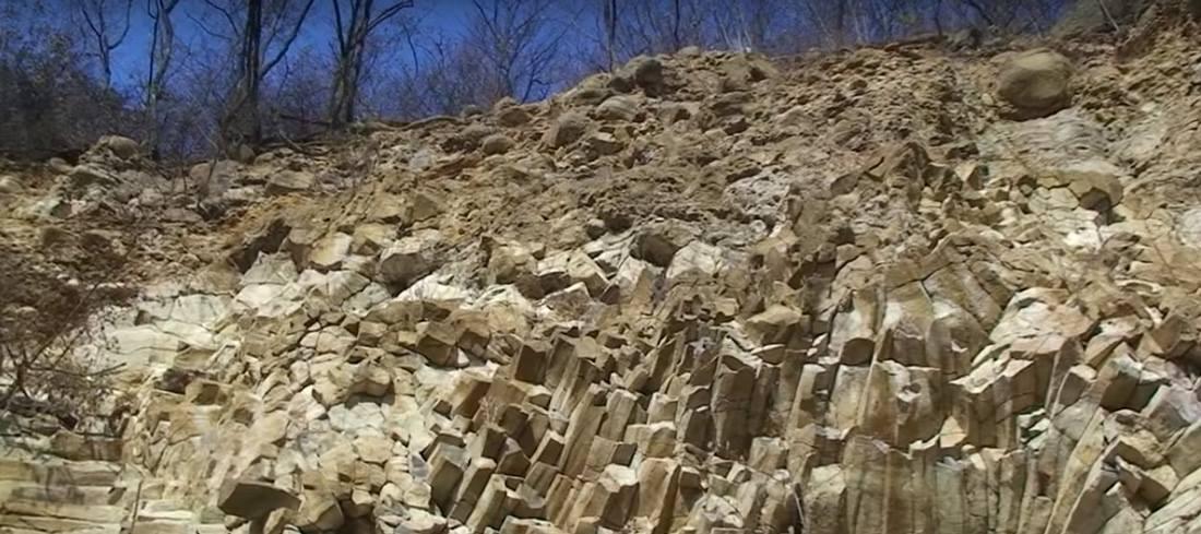 Rozeta de piatră Ilba