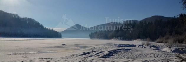 Lacul Firiza – valea Vălinilor – Cascada Vâltori și Cascada văii Sturului, iarna
