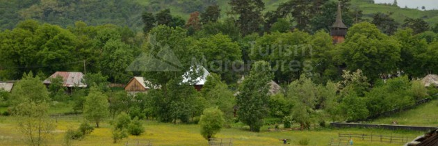 """Biserica de lemn din Ieud Deal """"Naşterea Maicii Domnului"""" – monument UNESCO"""